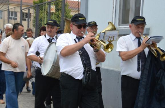 beogradski duvacki pogrebni orkestar -04